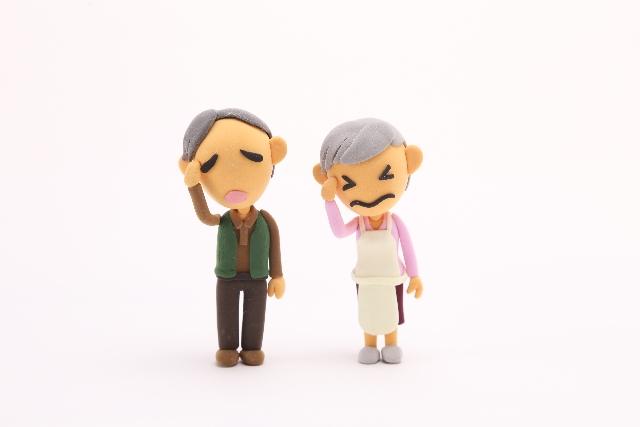 老夫婦 悩む
